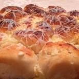 Гигантска милинка със сирене и кашкавалена коричка - лесно и умопомрачително вкусно