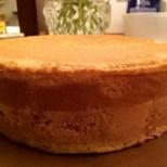 Как да направим идеалния пандишпанов блат за торти супер лесно и бързо