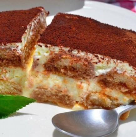 Перфектният десерт за жегите - въздушно Тирамису по оригинална рецепта