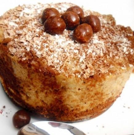 Лесен бишкотен сладкиш с ябълки - не се пече, а е въздушно лек и нежен на вкус