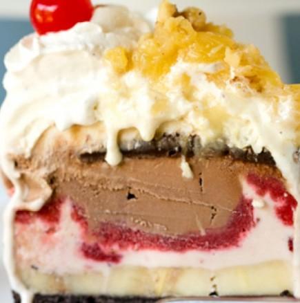 Сладоледена торта Ягодова богиня - от лесна по-лесна и супер вкусна