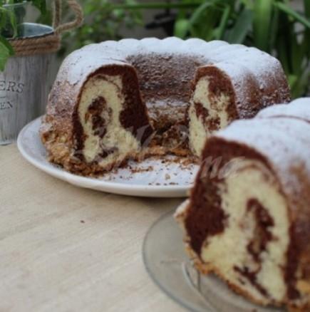Шарен домашен кекс