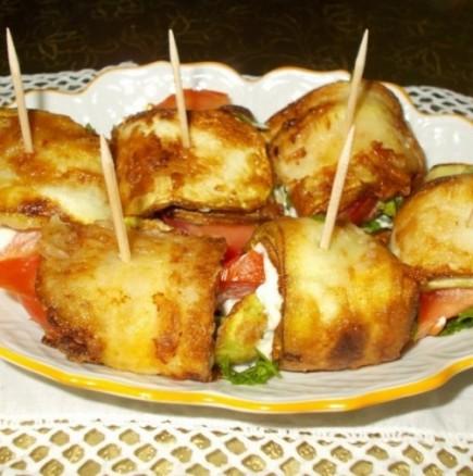 Чудни хапчици с тиквички и сирене - идеални за мезенце, а и за наяждане!