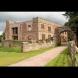 Разрушен замък се превръща в модерна ваканционна къща