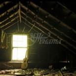 Семейство реши да разчисти тавана на къщата си и намери нещо, което тотално промени живота му
