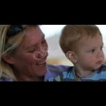 Тази жена разкрива защо все още кърми синът си, който е на 7 годинки
