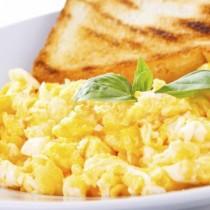 Жена яде бъркани яйца в болницата и почина!
