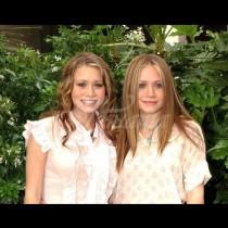 Помните ли сладките близначки-Толкова са се променили днес, че трудно бихте ги познали!