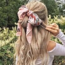 Mодерни начини да носите шалове това лято (Снимки)