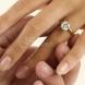 Ето защо сватбения пръстен се слага на безименния пръст