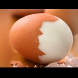 Храните, с които никога не трябва да комбинирате яйцата, а всички правим тези грешки