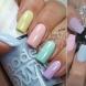 Хит идеи за летен семпъл, но много цветен маникюр това лято (снимки)