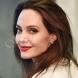Тя привлече цялото внимание върху себе си: Анджелина Джоли се появи като британска принцеса в Лондон (Снимки)