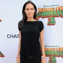 Анджелина Джоли по спешност в болница