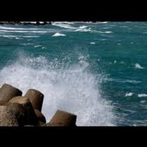 Морето изхвърли телата на две деца-Търсят се още!