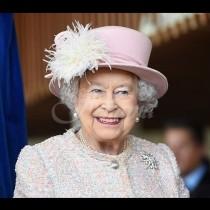 Разберете защо никой от кралското семейство не нарича кралицата по име, а съпругът ѝ дори по-лошо!