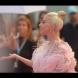 Отново Лейди Гага наелектризира публиката с пищен тоалет, този път на кинофестивала във Венеция (СНИМКИ)