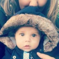 Младата майка Алекс едва не направи бебето си инвалид, заради безумна грешка