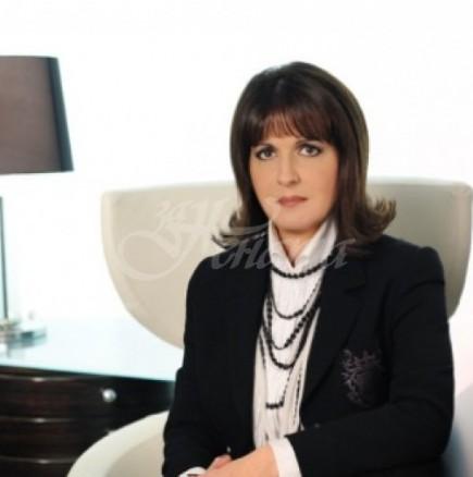 Ето дъщерята на дизайнерката Евгения Живкова-Стана лице на колекцията ѝ