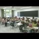 Красива учителка разби системата с думите си-Всички я подкрепиха!