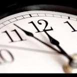 Не забравяйте да превъртите стрелките на часовника. Ето кога за последно ще превъртим стрелките