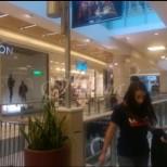 Първи кадри от кошмара в мола на Цариградско шосе!