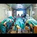 Лекарите се поклониха на едно 11-годишно момче и разтърсиха целия свят