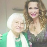 Една от най-известните естрадни певици на България навърши 90 години и ето къде живее