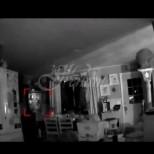 Докато преглеждаше записите от камерите у дома, тя се натъкна на нещо изненадващо