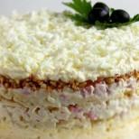 2 салати, с които ще оберете всички овации, когато ги сервирате дали на празничната маса или просто на вечеря с приятели