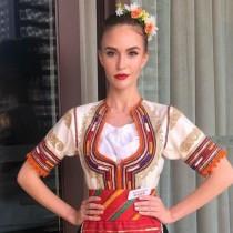 Ето родната красавица, която ни представя на конкурса  Мис Свят с народна носия