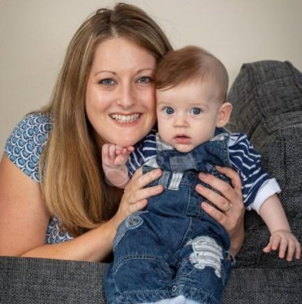 """Млада майка реши да живее """"еко"""" с бебето си: Ще го помня цял живот а крайният резултат бе шокиращ"""