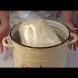 Тесто Водолаз - новата кулинарна бомба. Каквото и да изпечеш, все става хит: