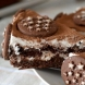 Няма толкова лесна и вкусна торта без печене готова буквално за минутки с бисквитки и шоколад, леле мога да я изям цялата сама