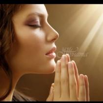 Молитвата на Бъдни вечер са думи, които излизат от сърцето! Нека днес се помолим! Амин!