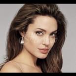 Новата любов на Анджелина Джоли