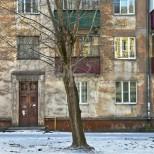 Предимствата и недостатъците на апартамент на първия етаж