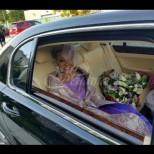 86-годишната булка взриви Интернет не с възрастта си, а с невероятната си рокля (снимки):