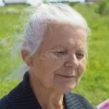 Интернет се трогна заради списък, отправен към възрастна жена с деменция
