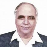 Потомственият лечител билкар Митко Димитров-Ракът се лекува с мед и лук