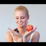 Кое кога да ядем, за да не ни се лепи на снагата - ябълки сутрин, ядки по обяд, а ето кога се хапва шоколад: