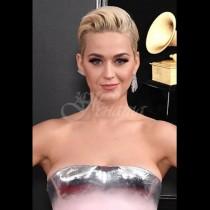 Мрежата прегря от коментари заради роклята на Кейти Пери. Вижте чутовното творение (снимки):