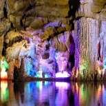 Насладете се на една от най-удивителните пещери на света!