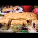 Светкавично бърз сладкиш за 7 минути (плюс времето за печене) - става с пресни, замразени плодове, даже със сладко: