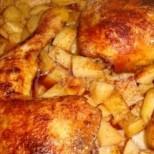Пилешки бутчета в кисело мляко с картофи- определено мога да кажа, че сготвени по този начин никога няма да ми омръзне да ги ям