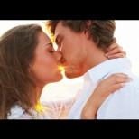 3-те зодии, които най-изкусни в целувките - ласките им те отвеждат в право рая: