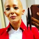 Стюардеса покосена от мистериозна болест, след като роди