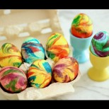 Яйца с цветовете на дъгата за Великден