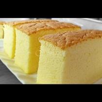 Толкова е нежен и сочен, че може да не го мажете с крем: Копринен блат за торта - мечтата на всеки сладкар