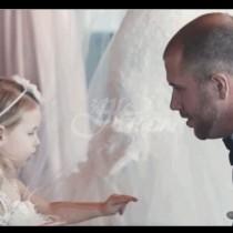 Младоженец разплака всички с това, което направи с доведената си дъщеря